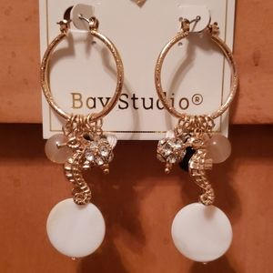 NWT seahorse hoop earrings